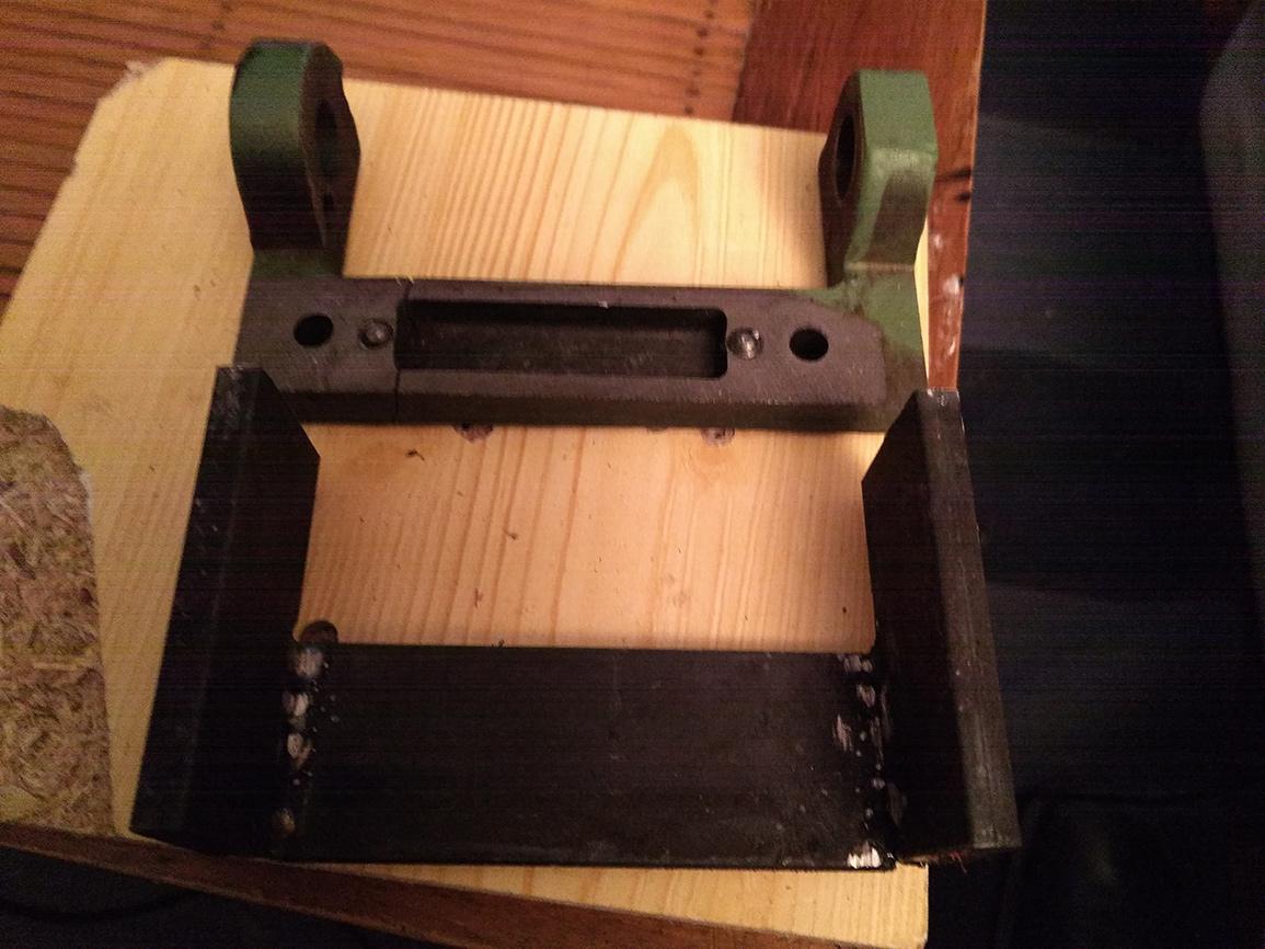 Combiné Lurem C210B : réparation/fabrication d'une charnière de table de dégauchisseuse (support de chape) IMG_20160125_232337