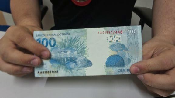 Dez notas falsas de 100 são apreendidas  em São João Da Boa Vista  Nota2-5