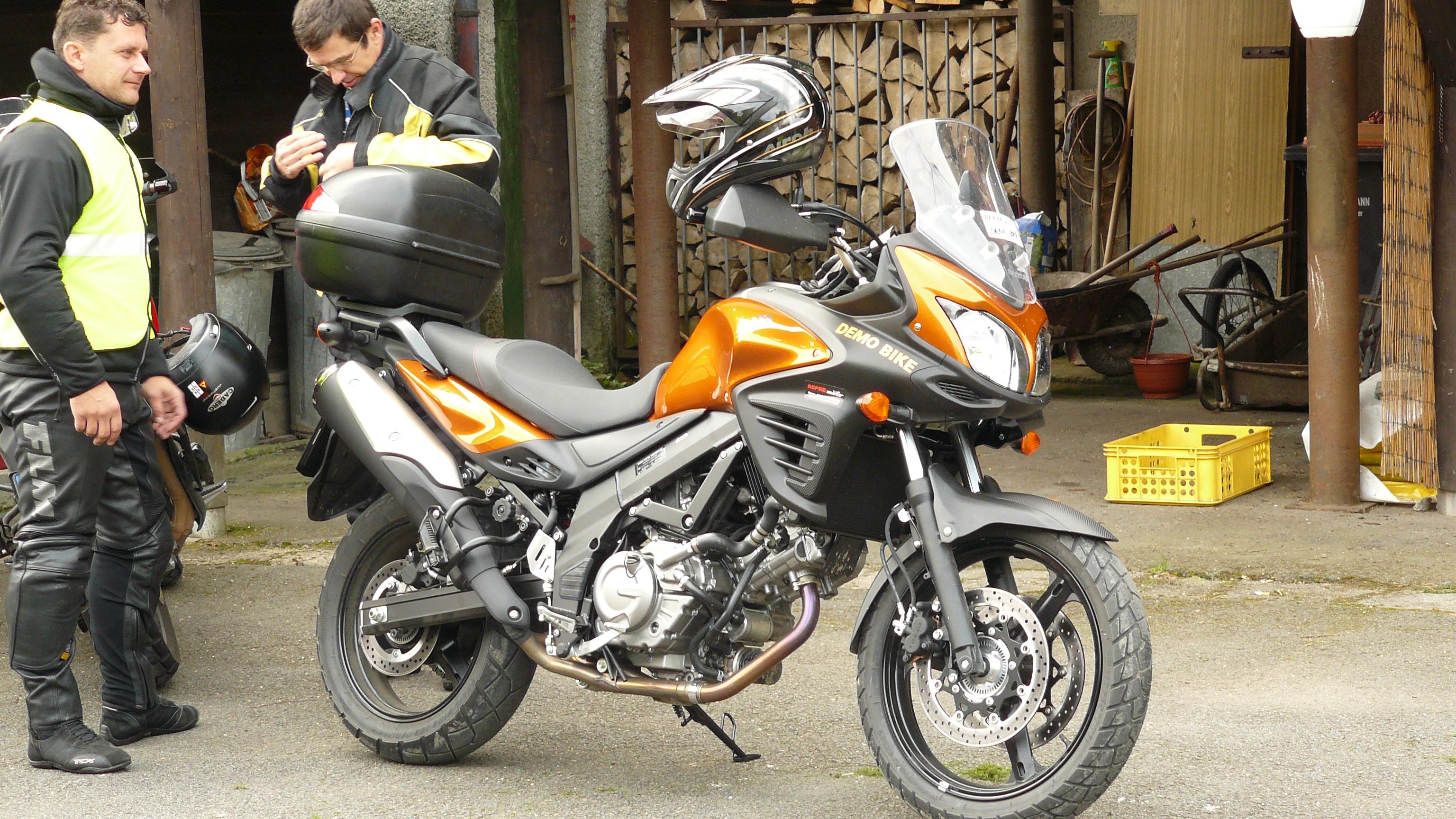 SRAZ Vstromklubu CZ 2011-09-16 až 18 P1090730