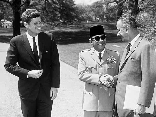 NEIL KEENAN UPDATE | History & Events Timeline JFK_Soekarno_Johnson
