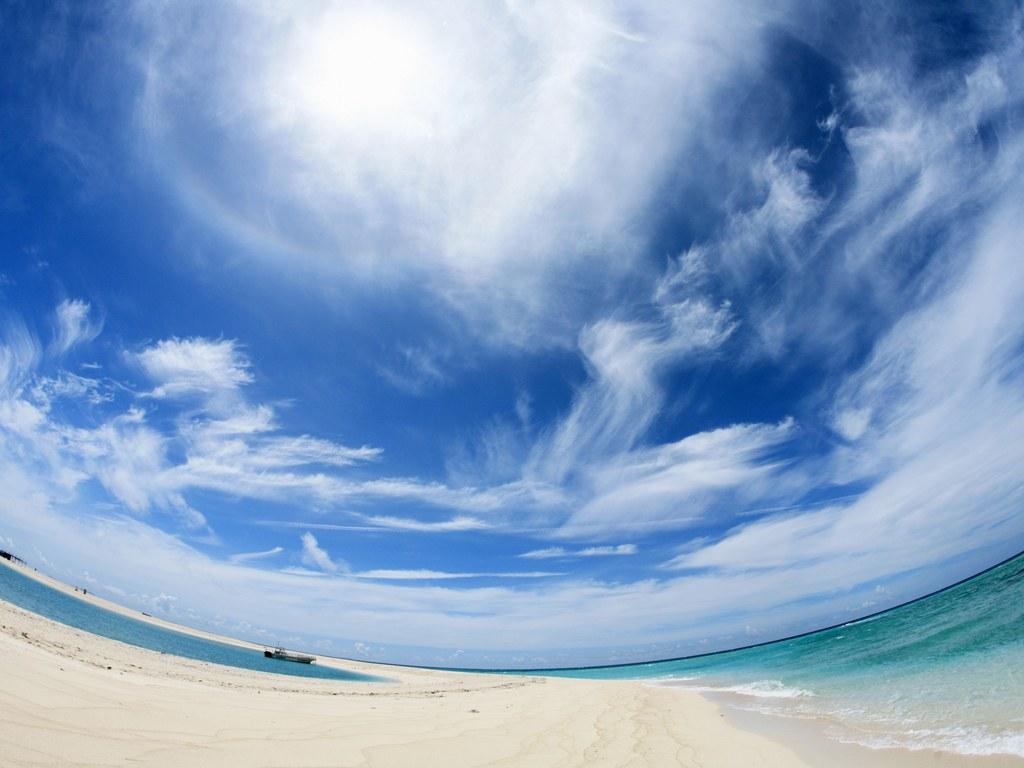 ملف كامل عن البحار والمحيطات بالصور Wallcoo_com_Japan_Okinawa_sky_beach_Okinawa_JY096_350A