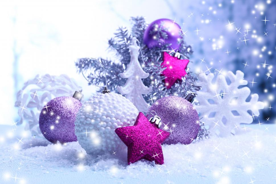 Восьмой прямой эфир - 30 декабря (Суперфинал и гала-концерт) - Страница 21 Holidays-christmas-balls-snowflakes-5K-wallpaper-middle-size