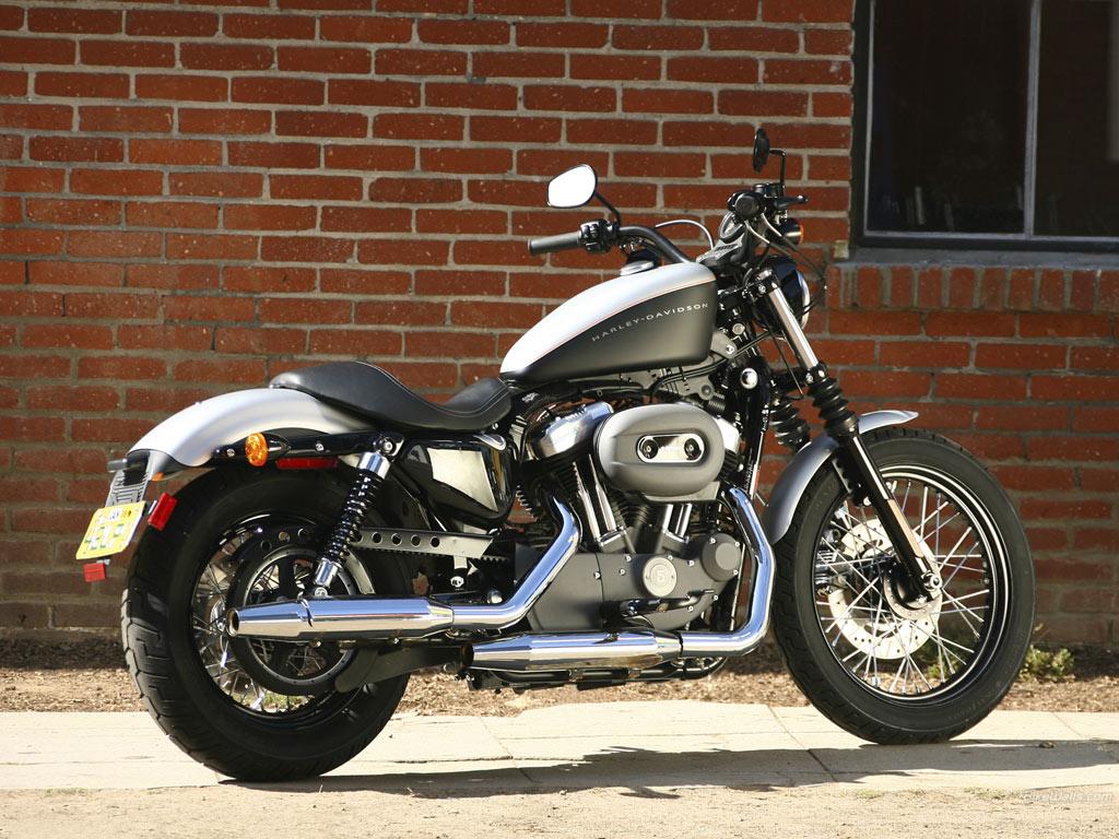 Présentation d'un Thiernois - Page 2 HarleyDavidson%20XL%201200N%20Sportster%201200%20Nightster%202008