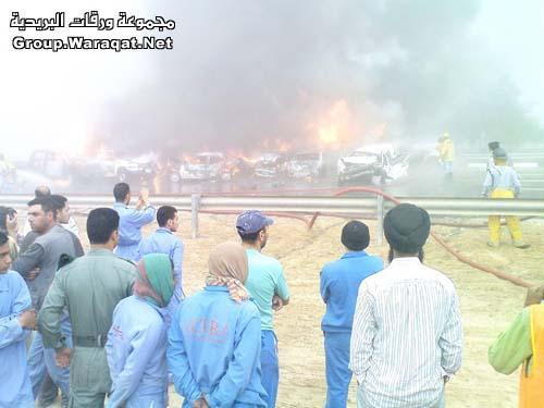 ثلاثة قتلى ومئات الجرحى بأسوأ حادث مرور بالإمارات Abudhabi16