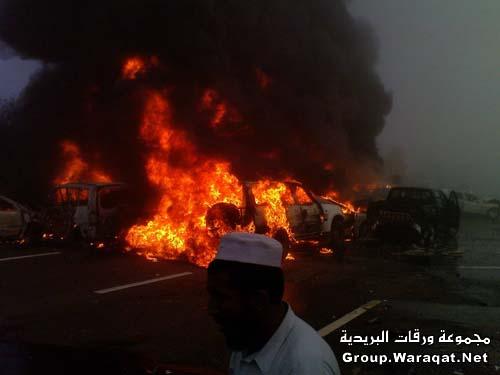 ثلاثة قتلى ومئات الجرحى بأسوأ حادث مرور بالإمارات Abudhabi5