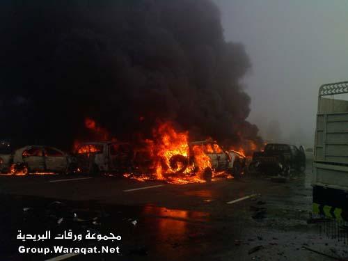 ثلاثة قتلى ومئات الجرحى بأسوأ حادث مرور بالإمارات Abudhabi6