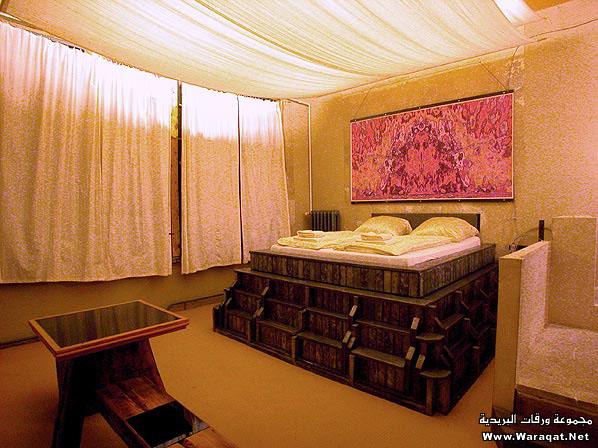 الغراااابهْ والخيااااالْ في غرف النوم:) Room-sleep_14