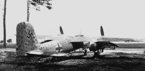 Revell-Monogram Focke-Wulf TA154A-0 Moskito - Page 2 Ta154-01