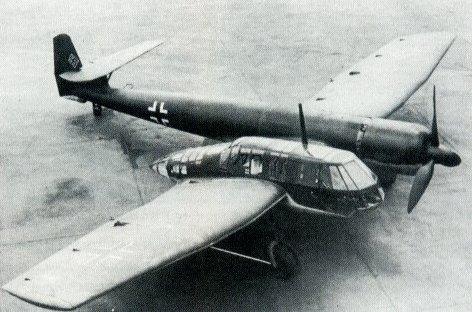 Pourquoi un avion dissymétrique ? Bv141b