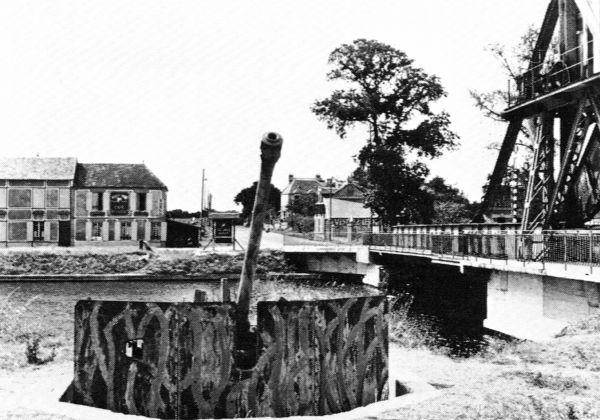 Figurine WW2  15mm Gun-emplacement-photo