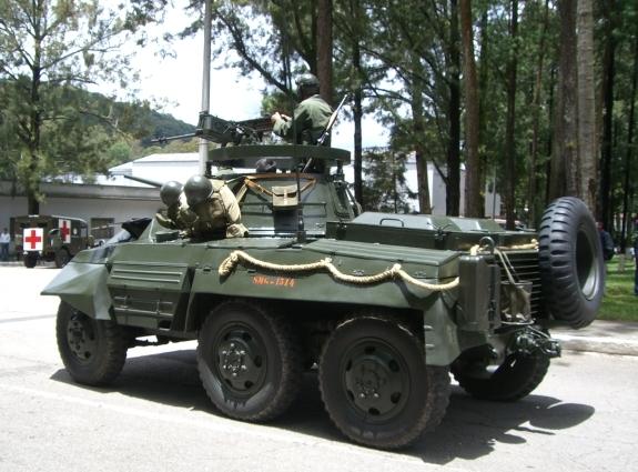 Les forces armées du Guatemala / Military of Guatemala / Ejército de Guatemala M8greyhoundGuatemalaValladares%20%282%29