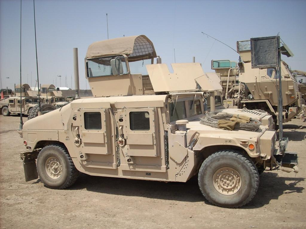 ارشيف أسلحه الجيش العراقي الجديد البريه M1114HMMWVbelue2