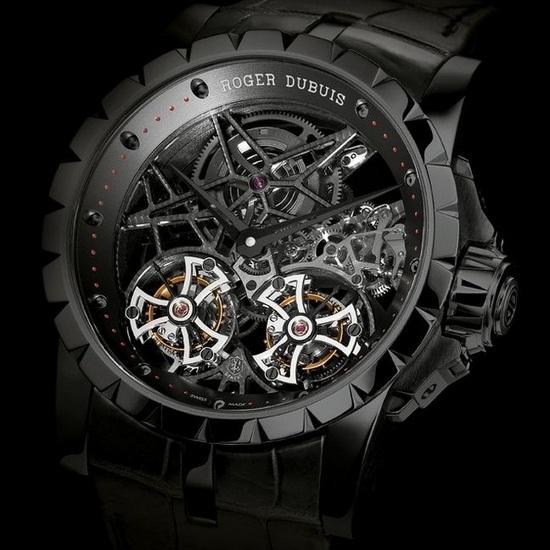 Squelette noire Roger-dubuis-excalibur-skeleton-double-flying-tourbillon-in-black-titanium-watch