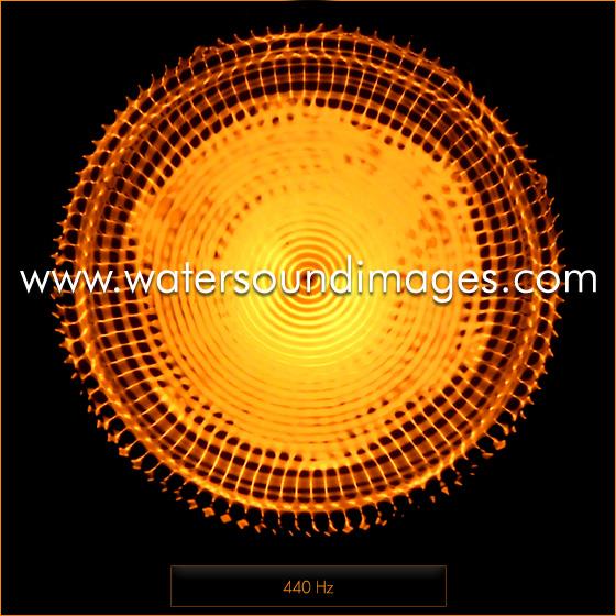 La différence entre la musique jouée à 432 Hz et celle jouée à 440 Hz 440hz