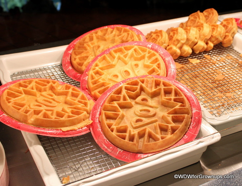 retour de disney world en floride octobre 2014 - Page 9 Pop_and_mickey_waffles