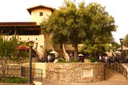 (Mini guide) Les restaurants de Disneyland Resort en Californie Ca-Golden-Vine-Winery