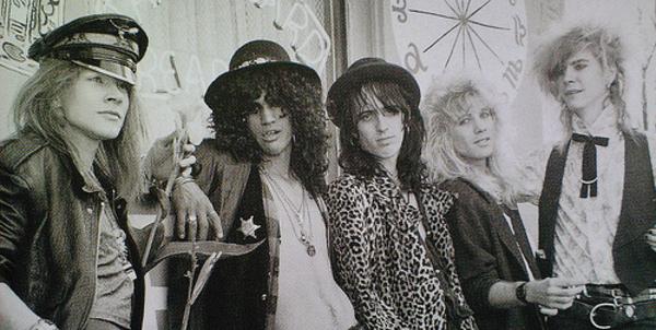 Axl reparte amor. - Página 2 Guns_N_Roses_Rare_Photo_48e62da3504c4
