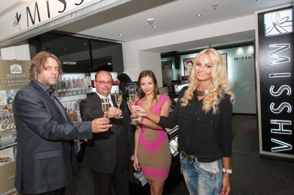 Tereza Fajksova- Miss Earth 2012 Official Thread (Czech Republic) - Page 4 1372928134_728