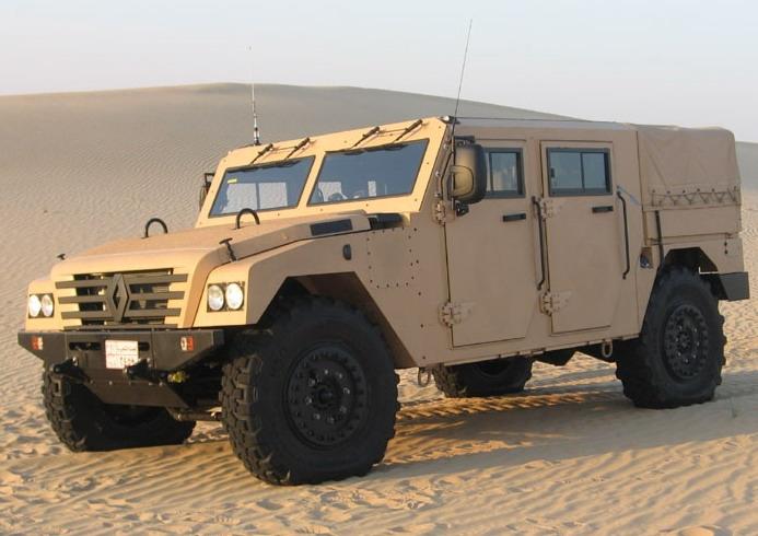 مصر تعقد صفقات لشراء مدرعات  Renault-sherpa-1-big