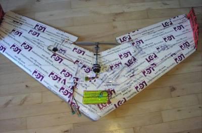 صنع طائرة لاسلكية TN_bl082