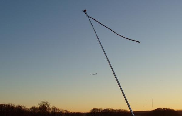 صنع طائرة لاسلكية Ving0035