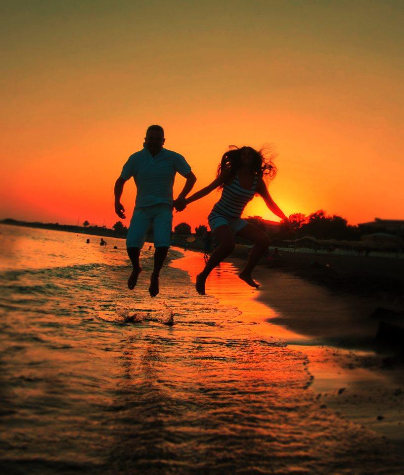 Ljubav i romantika u slici  - Page 4 561001_257391264377376_184657339_n