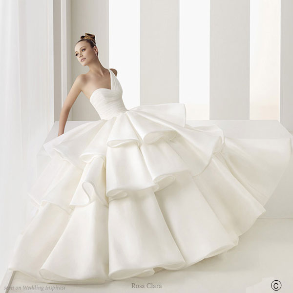 Wedding Dresses. - Page 4 Beautiful_wedding_dress