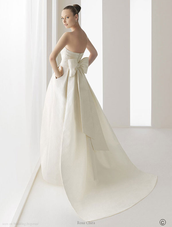 Wedding Dresses. - Page 4 Elegant_wedding_dress
