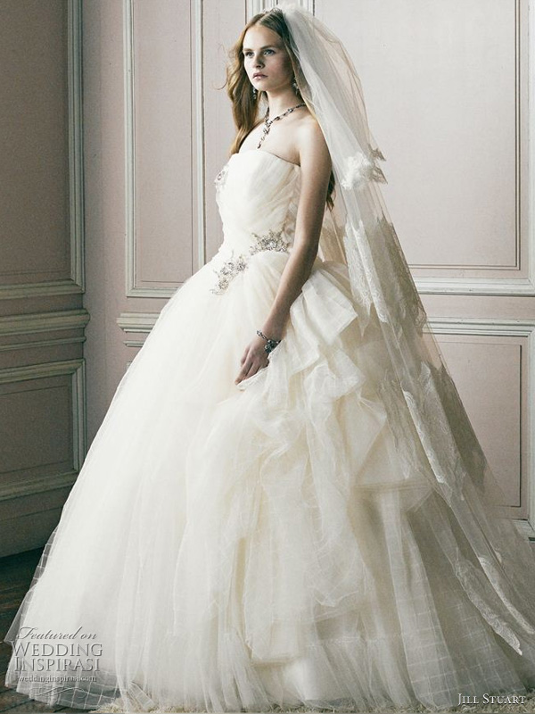 Wedding Dresses. - Page 5 Jill-stuart-bridal-2011-wedding-dress