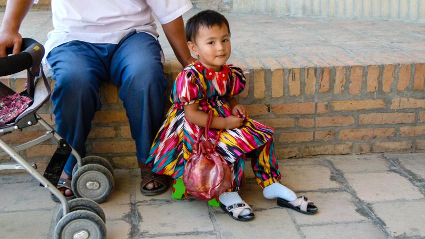 ABSURDISTANI Usbekistan-1040582