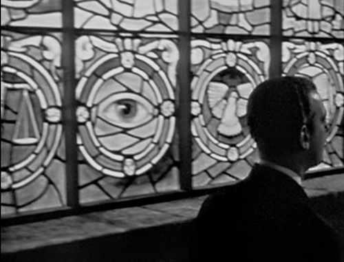 L'œil qui voit tout; tous les symboles des Illuminatis dans les médias - Page 2 435jyvdxbbnnn