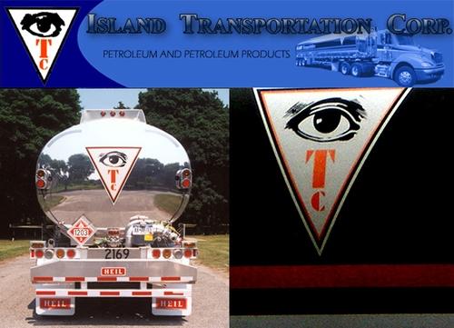 L'œil qui voit tout; tous les symboles des Illuminatis dans les médias Ehnhjppd