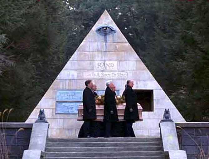 L'œil qui voit tout; tous les symboles des Illuminatis dans les médias - Page 2 Ibh303qknhy7