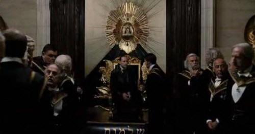 L'œil qui voit tout; tous les symboles des Illuminatis dans les médias - Page 3 Symbol289