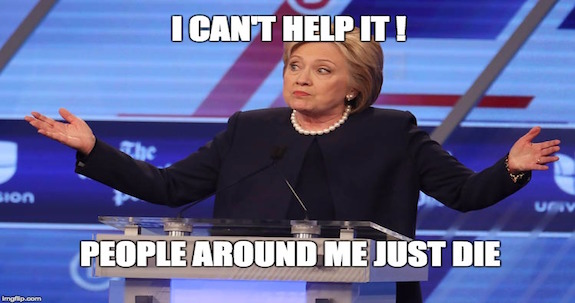 Hillary Clinton tiene las manos manchadas se sangre Nnll2