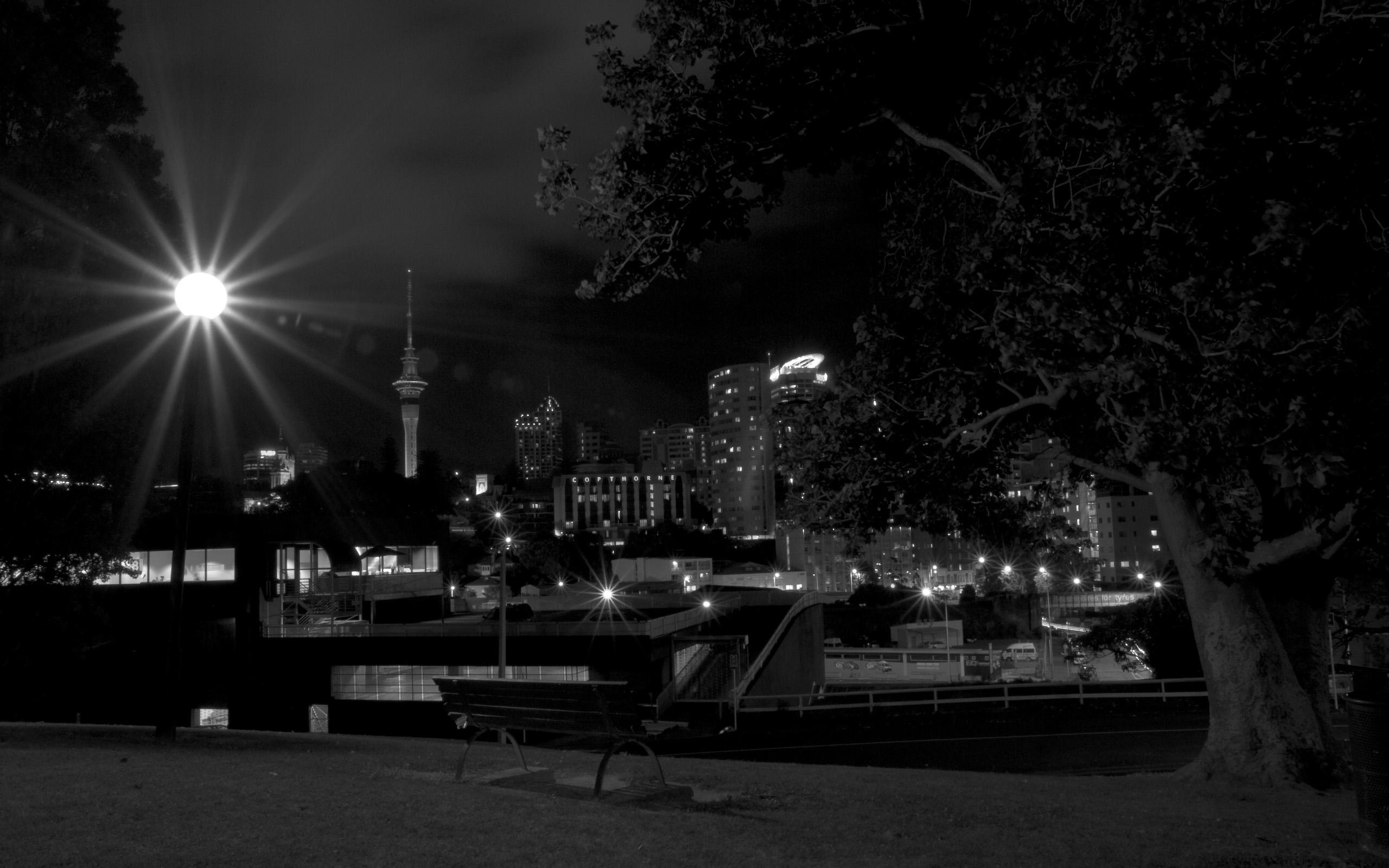 Tamna je noć... 16-auckland-skyline-bei-nacht-1