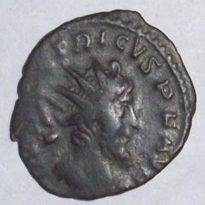 Antoniniano de Tetrico I 556789558