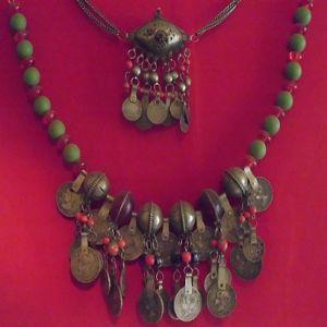 1888  MSM en collar arabe 83593532