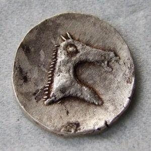 Reproducción en plata de un calco hispanocartaginés 126938159