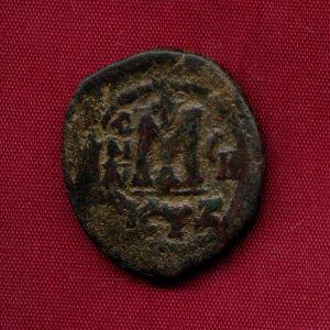 Follis bizantino de Mauricio Tiberio  247218476