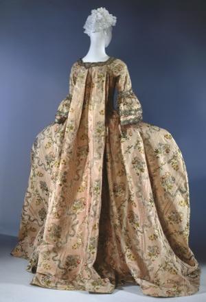 Robes du XVIIIe siècle 70_toiowo-pic-robealafrancaise007
