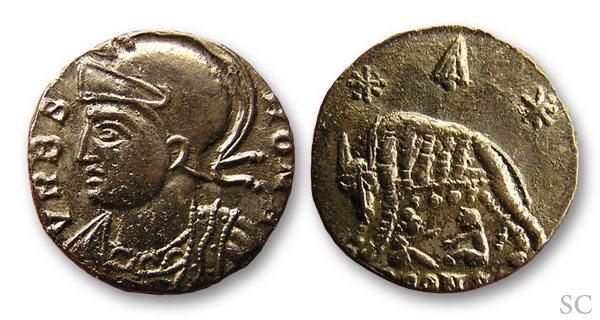 AE4 Conmemorativa de Roma. VRBS ROMA. Arlés _arles_RIC_392_S