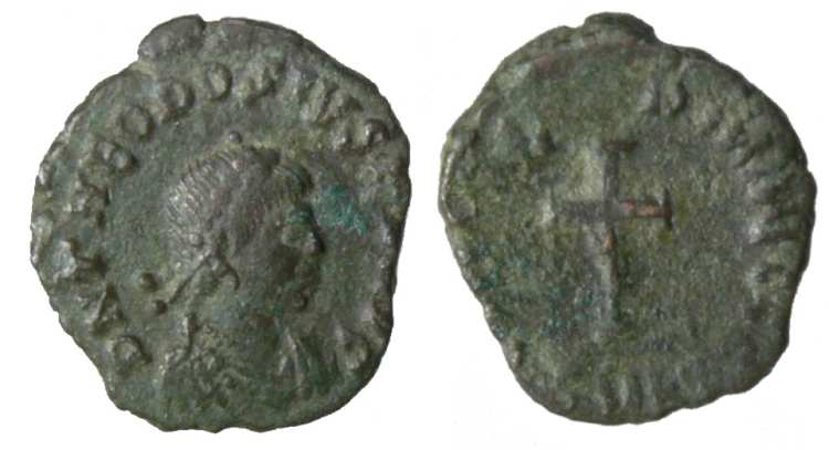 ¿AE4 de Teodosio II. CONCORDIA AVGG. Cycico? _cyzicus_RIC_X_0134