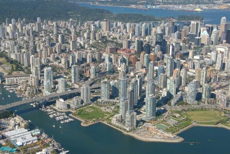 Qytete e botes... - Faqe 3 Canada_Vancouver_City_view_with_David_Lam_Park_6738ddcf598b4f5fa5cff6eebe642310