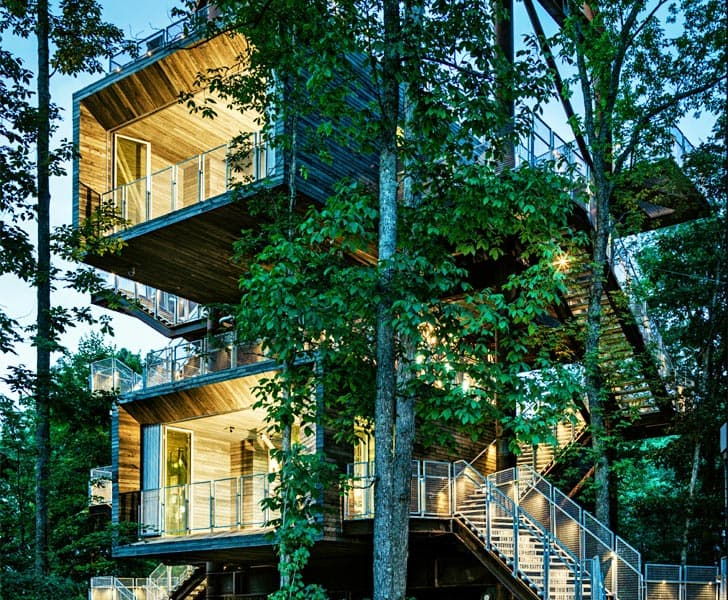 10 Fantastic Treehouse Homes That Will Blow Your Mind! Boy-scout-treehouse
