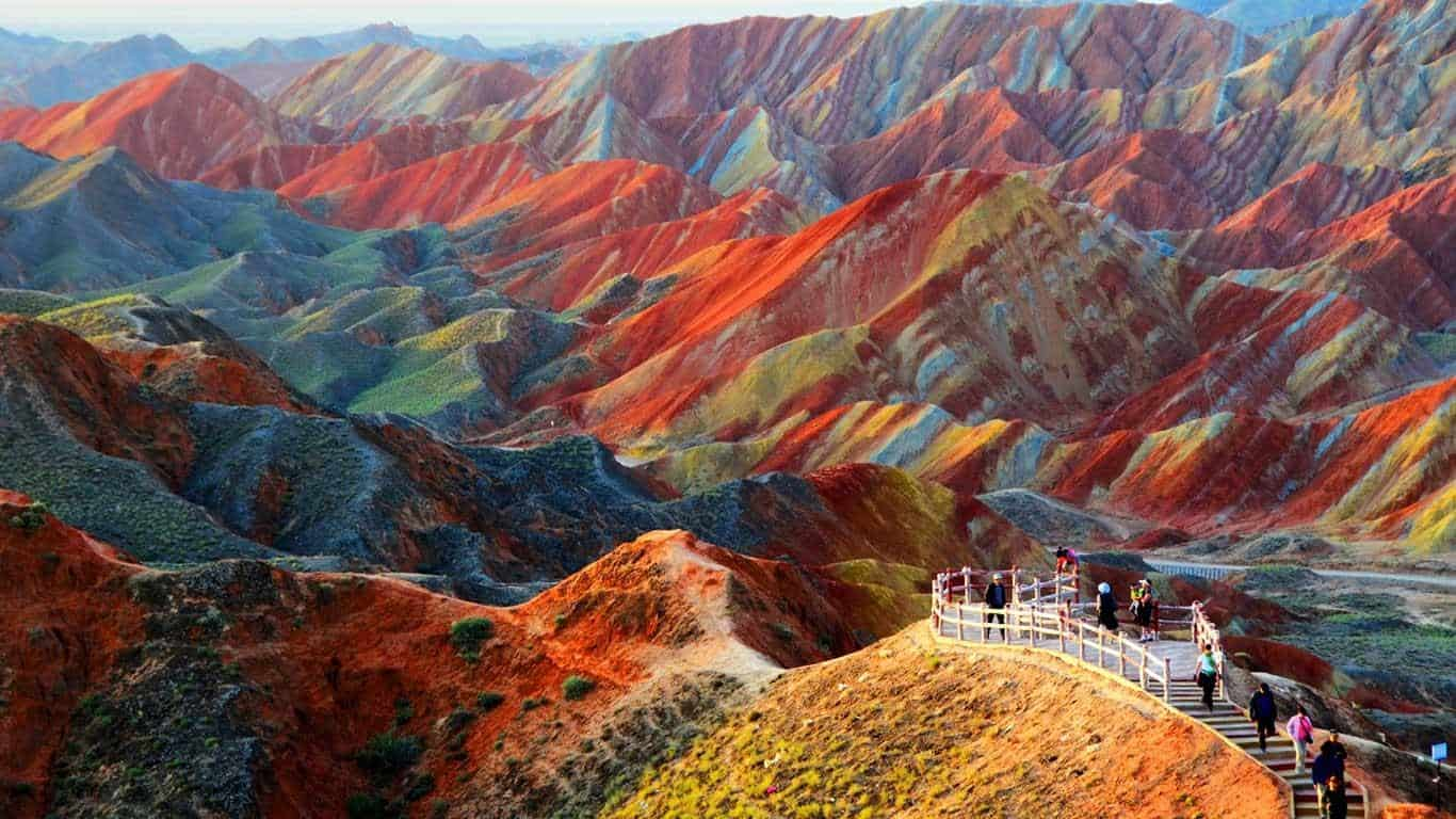 10 Places So Surreal They Could Be From Other Planets Danxia