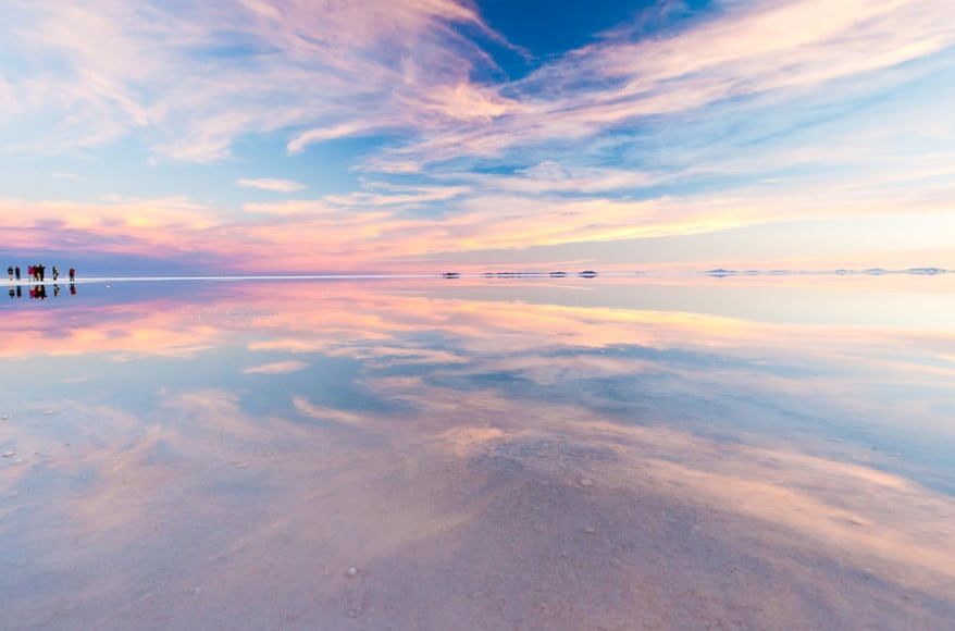 10 Places So Surreal They Could Be From Other Planets Salar-De-Uyuni-878x580