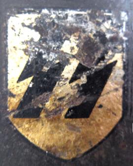 casque M/35 M/40 et M/42 des volontaires étrangers de la waffen-SS DE_M35_decalSS_VE
