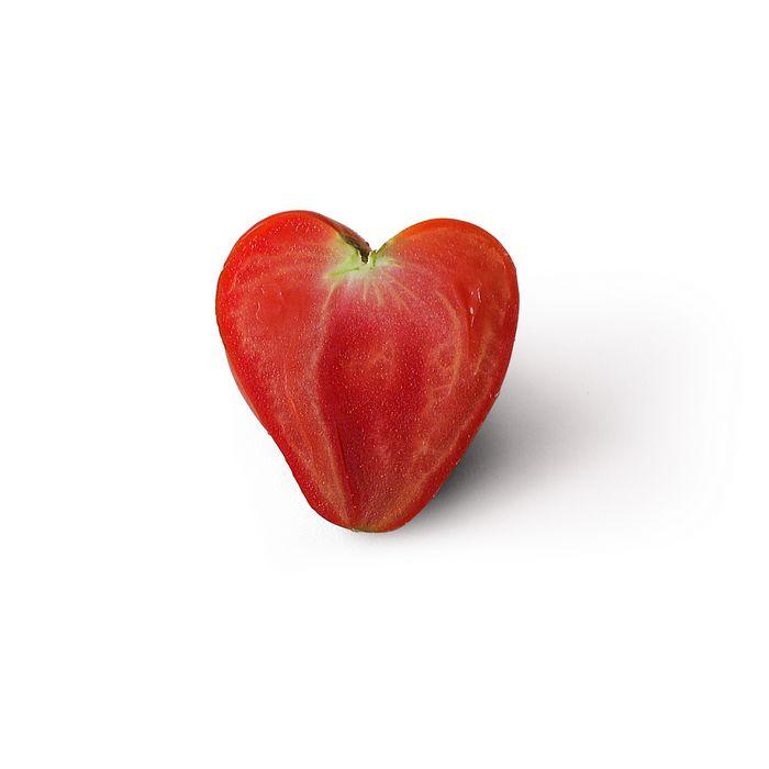 ملف كامل عن زراعة الطماطم  6356_tn_Heart%20Shaped%20Tomato
