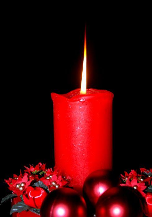 Plamen  svece 6397_tn_red%20christmas%20candle
